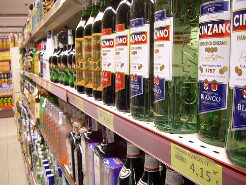 Supermarkets regularly sell alcohol extremely cheaply yet legislators have been reluctant to go near the off-trade in this way. Picture: sergis blog