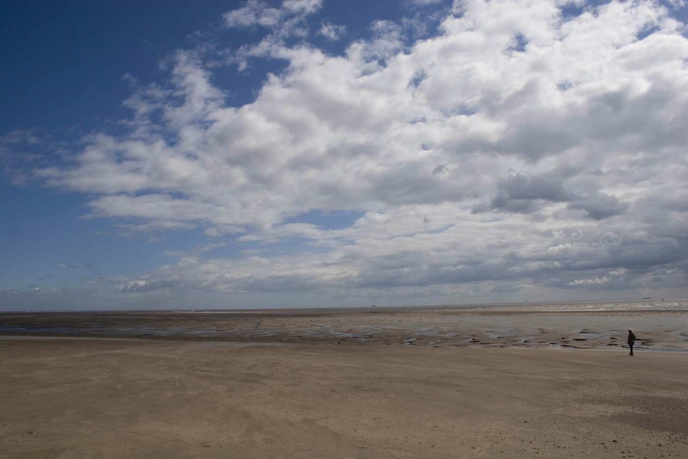 spurn head beach